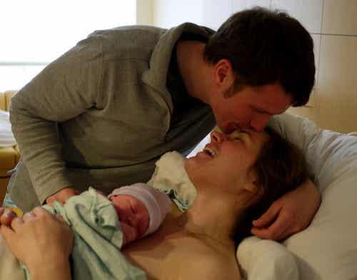 É melhor a cesárea ou o parto natural?