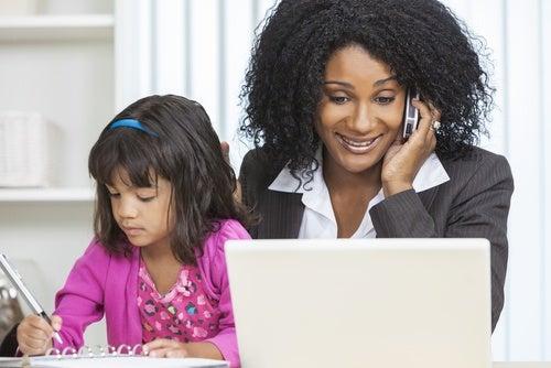 Como combinar o trabalho com a maternidade