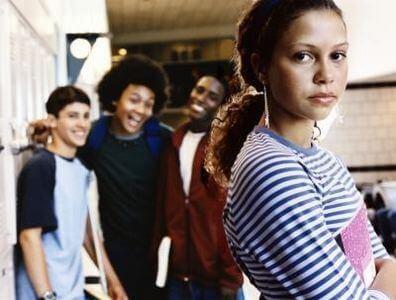 Como ajudar o seu filho a enfrentar o bullying?