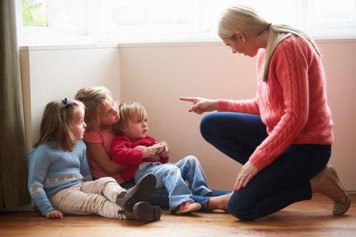 O que fazer quando seus filhos respondem mal?