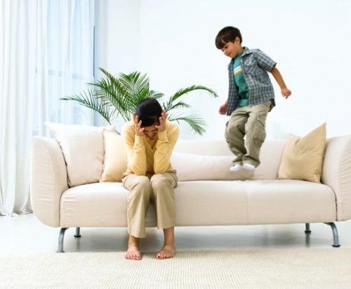 Por que ser um pai permissivo não é boa ideia
