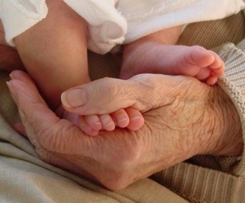 Meu filho deveria viver com os avós?