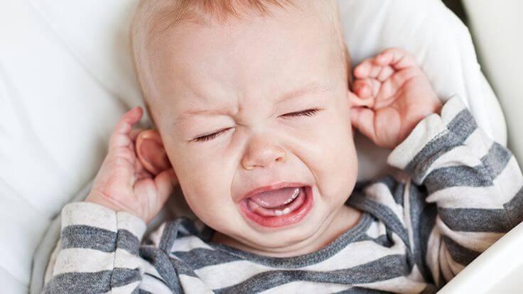 O que fazer quando seus filhos estão com dor de ouvido?