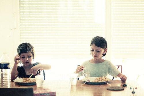 Outros bons costumes para ensinar aos seus filhos
