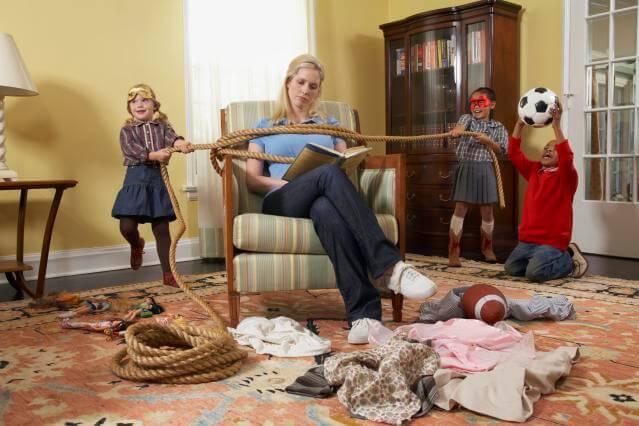 Por que as crianças se comportam mal com os pais?