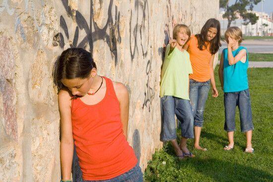 Como ensinar as crianças a lidar com provocações