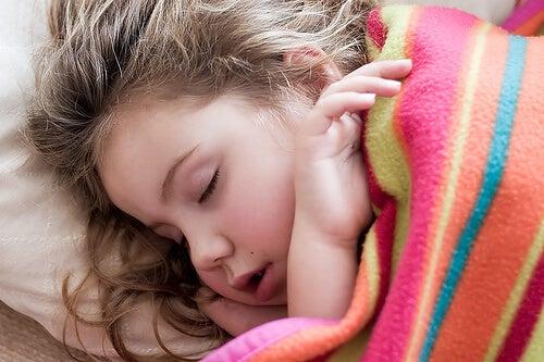 7 sintomas nas crianças que não devem ser ignorados
