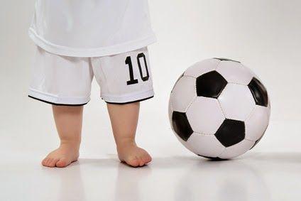 bebês descalços