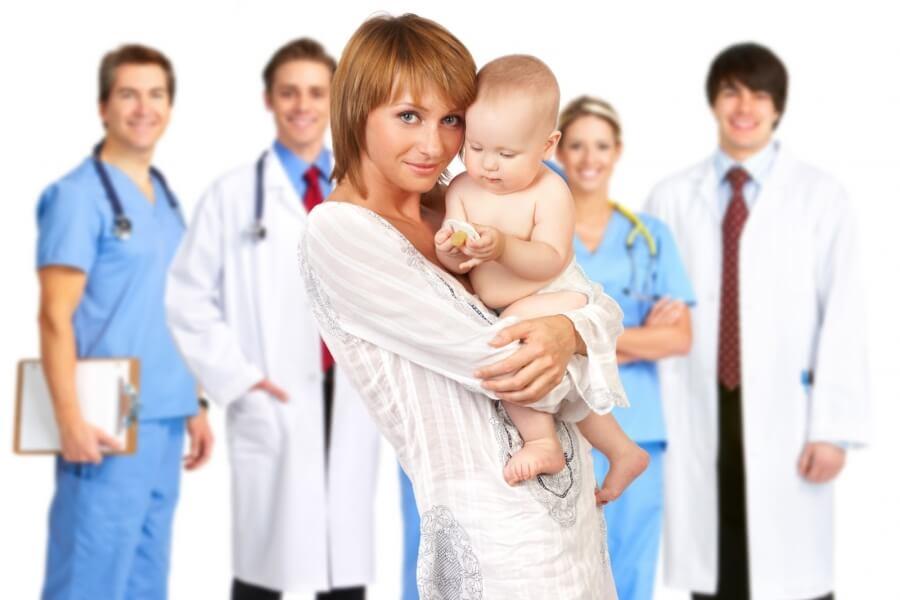 5 conselhos dos pediatras às mães de primeira viagem