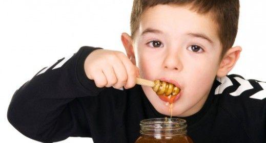 O mel não é recomendado para bebês por estes motivos