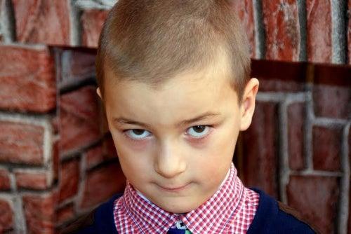 Como lidar com uma criança malcriada!!