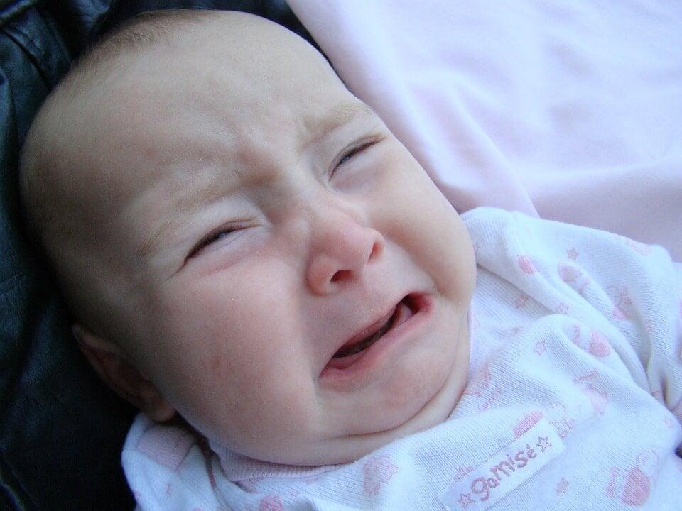 5 dicas para acalmar o choro descontrolado do bebê
