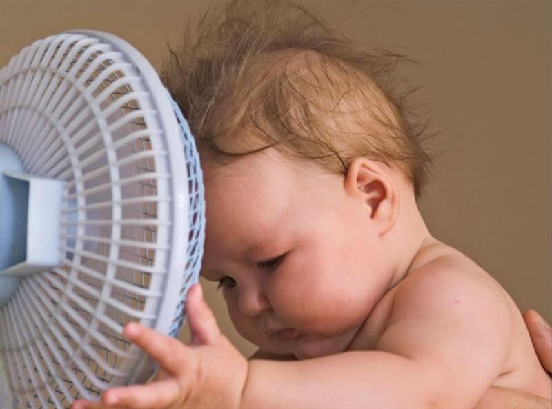 Dicas para que a criança não passe muito calor
