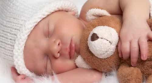 Quando meu bebê dormirá a noite inteira?
