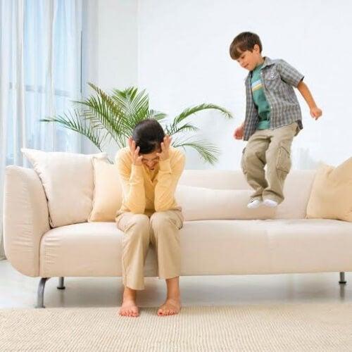 Como educar crianças com hiperatividade?