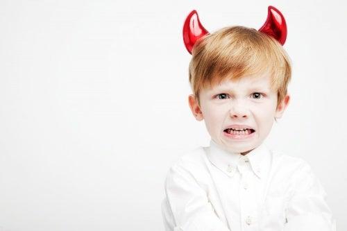 Como mudar o comportamento de uma criança em quatro passos