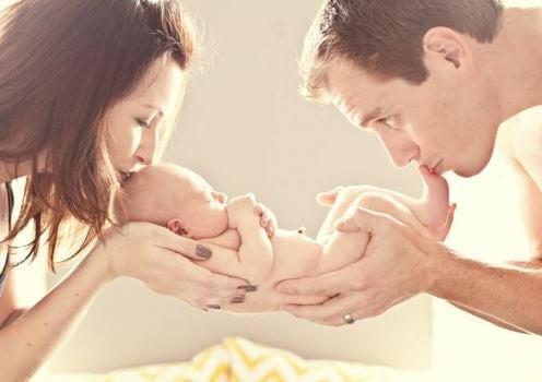 Cuidar do bebê é tarefa para os dois