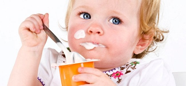 comer iogurte
