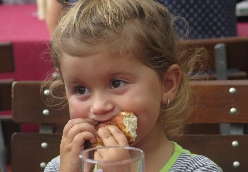 Perigos do azeite de dendê para as crianças
