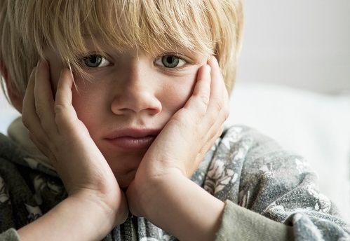 Como as brincadeiras de mau gosto feita por adultos afetam as crianças?