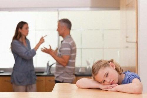 O efeito das brigas domésticas nas crianças