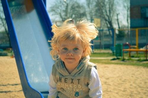 A importância de brincar ao ar livre com seus filhos