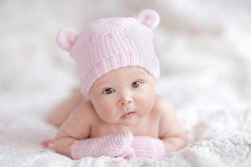 Quais roupas comprar para um recém-nascido?