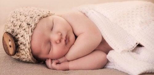 7 dicas para que seu bebê durma a noite toda
