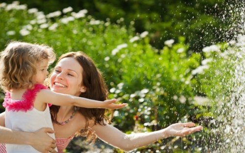 5 conselhos para criar uma criança feliz