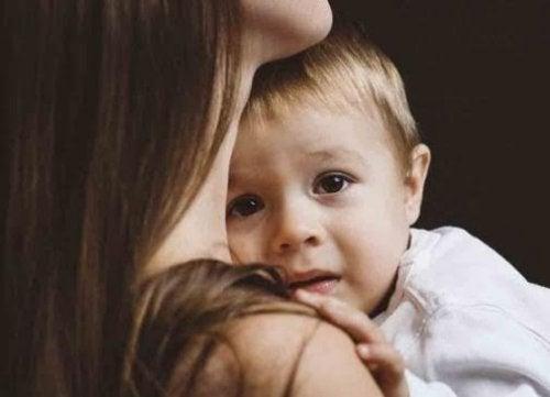 5 dicas para evitar que seus medos contaminem o seu filho