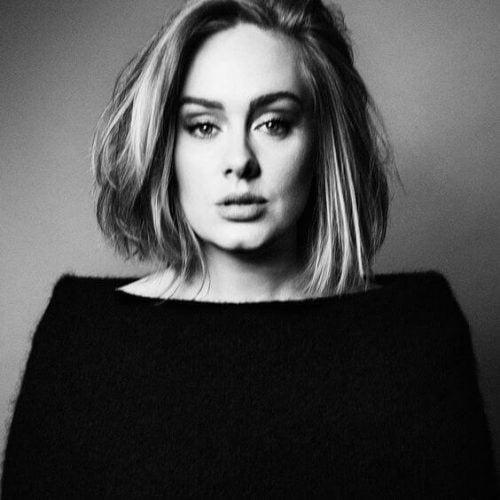A cantora Adele conta sobre sua experiência com a depressão pós-parto