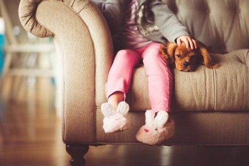 Atividades para se divertir em família dentro de casa