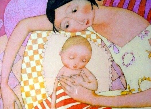 Mamãe, tenha-me perto da sua pele, perto da sua alma... longe dos medos