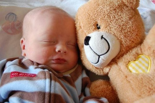 Manual de cuidados básicos do recém-nascido