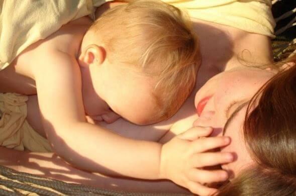 Qual é a composição do leite materno?