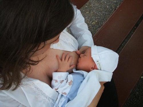 A composição do leite materno é diferente conforme o sexo do bebê