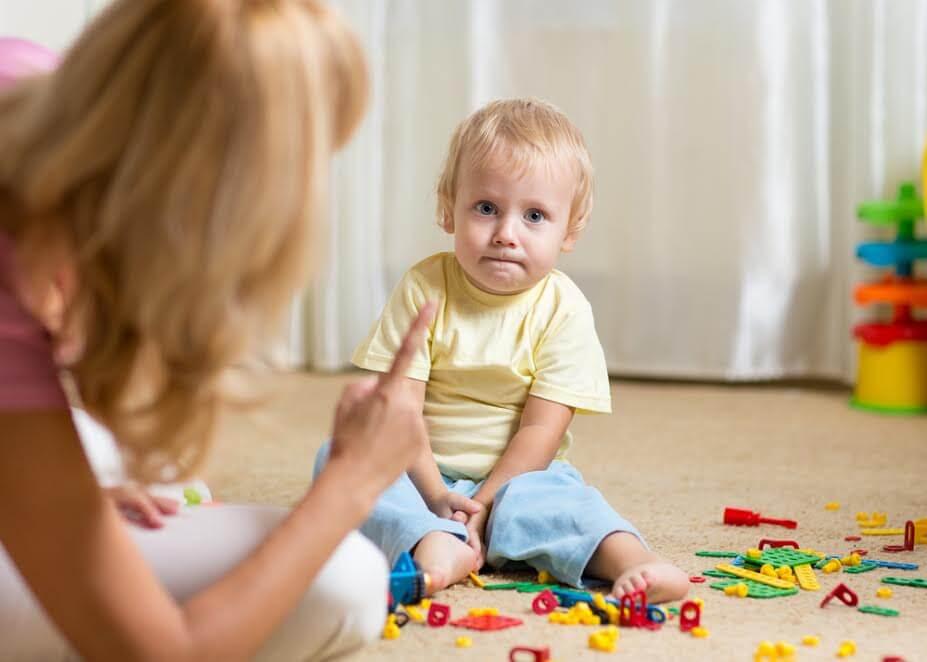 Não consegue parar de gritar com seus filhos? Veja estas 8 dicas