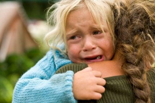 As crianças precisam de nós para nos conectarem com suas emoções