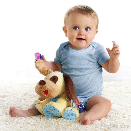 Brincar sozinho: crianças entre 1 e 2 anos de idade