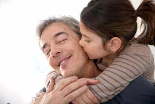 10 coisas que um pai deve fazer para que sua filha se torne uma mulher forte