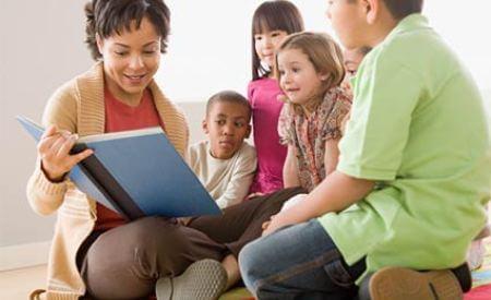 5 conselhos de Montessori para educar seus filhos
