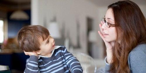 Sinais de atraso na fala em crianças
