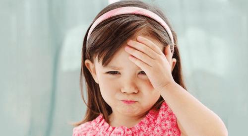 Como lidar com as dores de cabeça das crianças