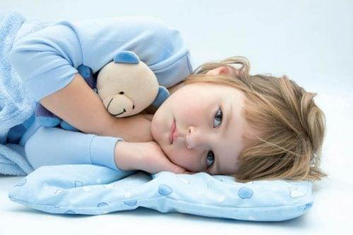 Porque seu filho continua molhando a cama?