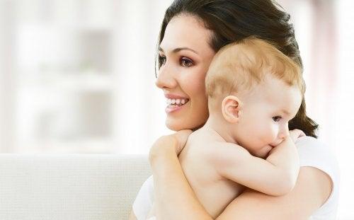 Seu filho não será uma criança mimada se você der o que ele precisa