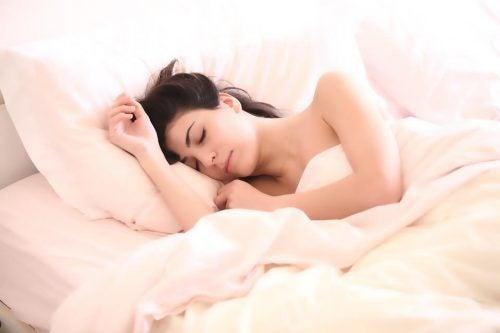 Dormir mais: uma necessidade para as mães