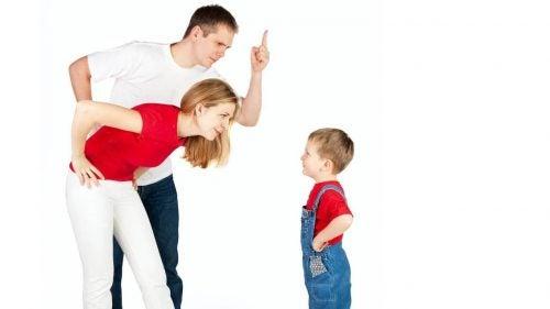 5 exercícios para criar consciência emocional em seus filhos