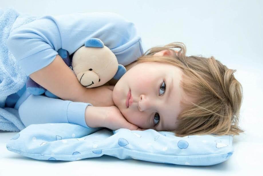 Como ajudar o seu filho se ele molha a cama