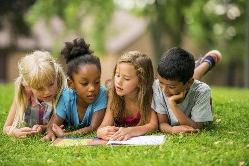 5 livros que seu filho precisa ler entre os 6 e os 12 anos de idade