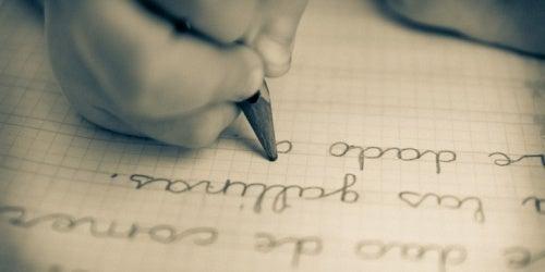 Como ensinar ao seu filho o amor pela escrita